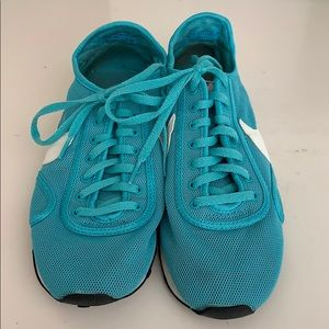 Retro Nike's - turquoise